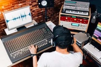 composer at desk