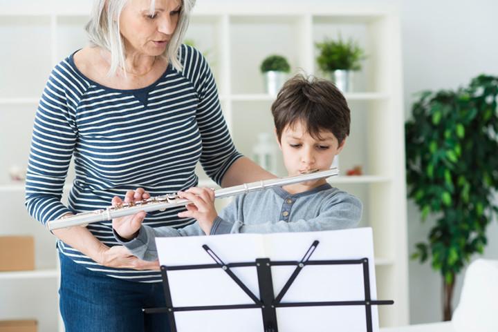 flute lesson indoors