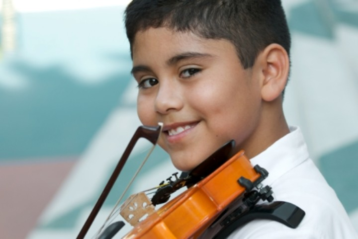 Little boy violin