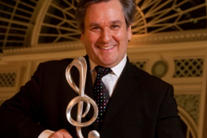 Antonio Pappano receiving DMA