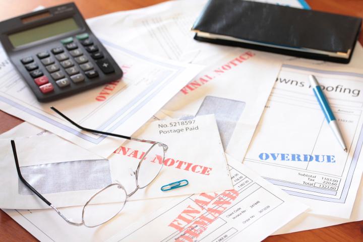 A calculator on bills